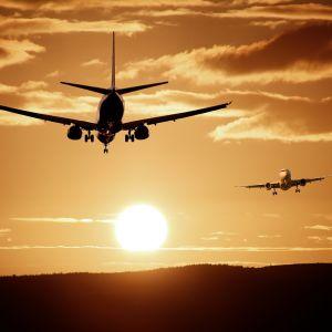У Порошенко анонсировали прямое авиасообщение Украины и Мальты
