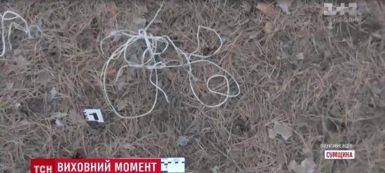 На Сумщині няня прив'язала 7-річну дитину до дерева в лісі біля кладовища