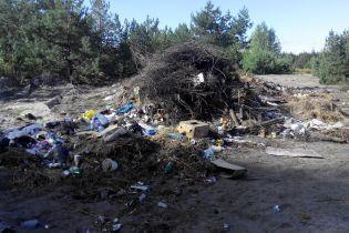 На Київщині сільрада виділила АТОвцям землю на смітнику – Тимчук
