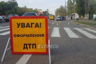 В Киеве авто насмерть сбило женщину возле пешеходного перехода
