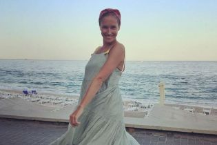 В бикини на берегу моря: Катя Осадчая показала фото с отдыха