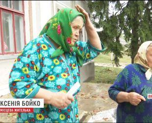 Огромный град и шквалы наделали беды по Украине и унесли жизнь молодой девушки
