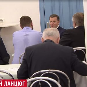 Пурген в ср*ку: депутаты возмутились журналистам, которые снимают столовую ВР