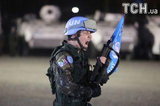 Порошенко отметил, что размещение миротворцев не будет происходить по сценарию России