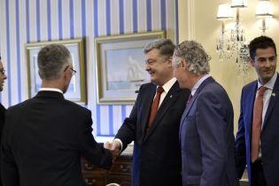 Весь канадский бизнес готов прийти в Украину – Порошенко
