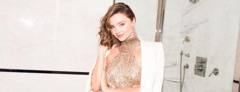В блестящем платье с пайетками: сексуальная Миранда Керр в новой фотосессии