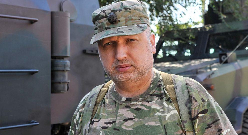 На Донбасі щодня спостерігається збільшення кількості зброї та боєприпасів з РФ - Турчинов