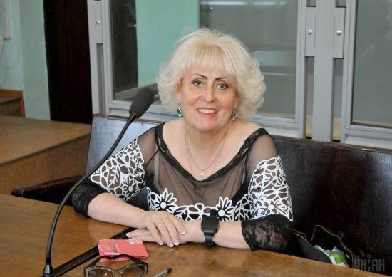 Скандальна Штепа подала до суду на віце-спікера ВР Геращенко