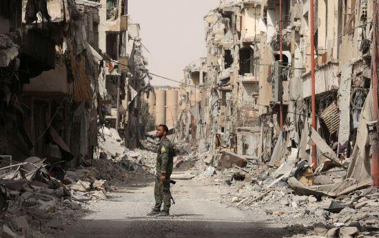 """Російські літаки вбили 37 мирних жителів у """"зоні деескалації"""" у Сирії - правозахисники"""