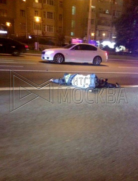 У Москві Mercedes з урядовими номерами збив на смерть поліцейського