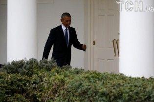 Обама особисто попереджав Цукерберга про небезпеку фейкових новин у Facebook