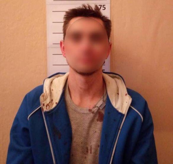ВКиеве мужчина ранил ножом рабочего кафе