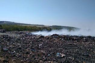 На Харьковщине вспыхнул полигон твердых бытовых отходов
