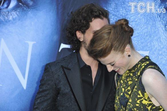 Кіт Харінгтон і Роуз Леслі з«Гри престолів» офіційно підтвердили заручини