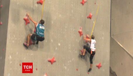 Спайдермэны существуют: зрелищные соревнования по скоростному скалолазанию прошли в Шотландии
