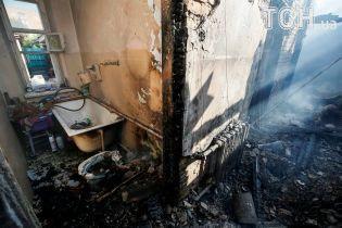 Ликвидация возгорания после попадания боеприпасов и сброс воды из авиации ГСЧС: в Калиновке продолжается борьба с огнем
