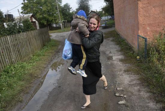 Стало відомо, коли повернуть додому евакуйоване через вибухи у Калинівці населення