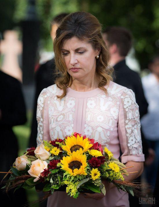 Журналісти дізналися, скільки Марина Порошенко заплатила за привітальний ролик для президента