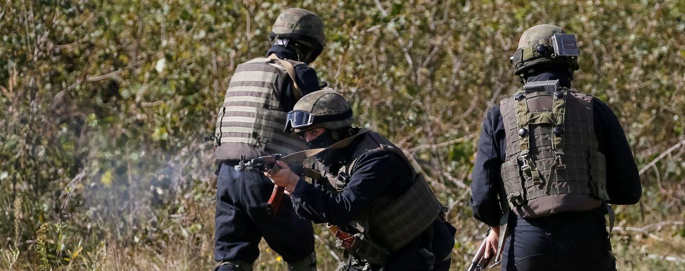 Трое украинских военных получили ранения в зоне АТО