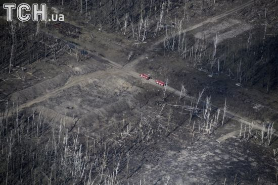 Руїни і пустка: Reuters показало фото наслідків вибухів в Калинівці