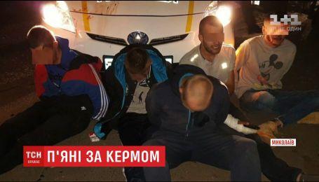 Военным, которых с погоней и стрельбой задержали в Николаеве, грозит увольнение