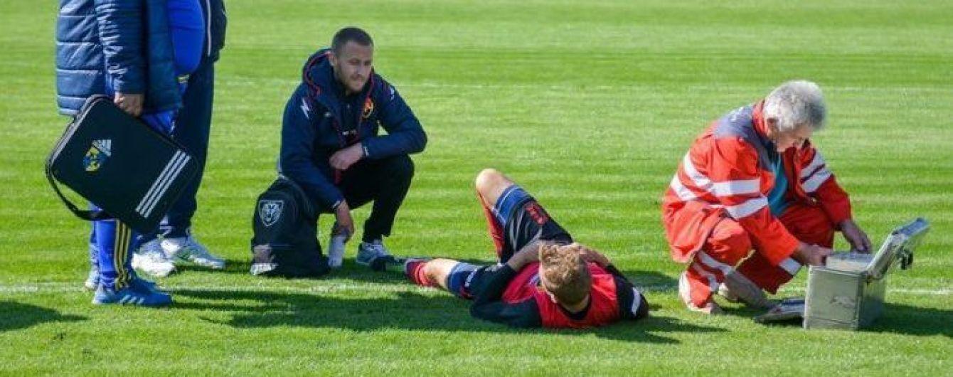 В матче Второй лиги чемпионата Украины футболист получил страшную травму