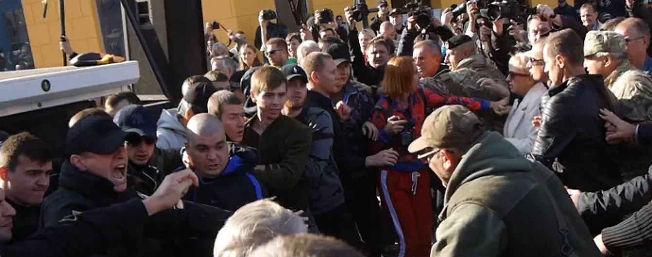"В Одессе сторонники Саакашвили потолкались с ""титушками"""