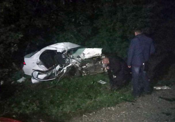 Под Каменцем-Подольским столкнулись две легковушки, погибли трое человек