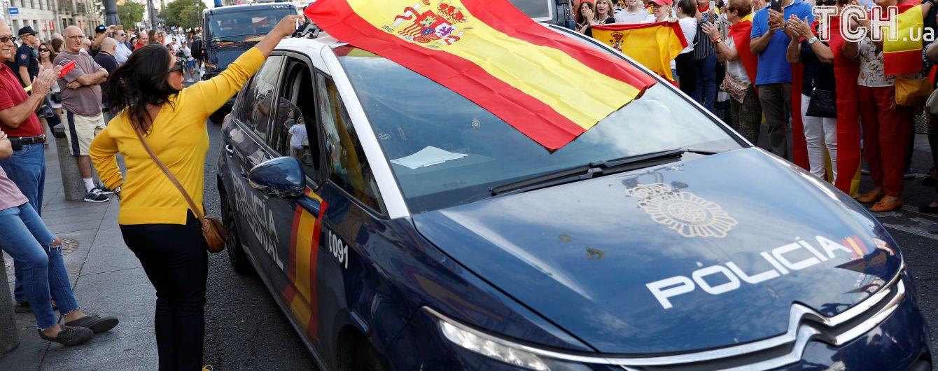 Неспокійний референдум в Каталонії: у МВС Іспанії розповіли про 11 поранених силовиків