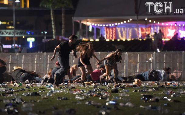 З'явилися перші фото з місця кривавої стрілянини у Лас-Вегасі