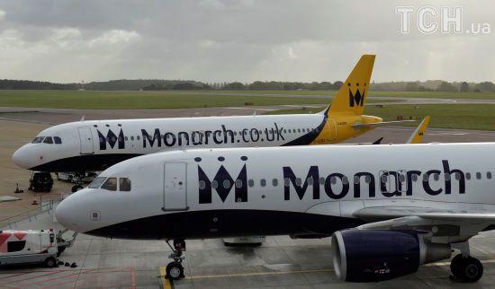 110 тисяч британців застрягли за кордоном через банкрутство авіакомпанії Monarch Airlines