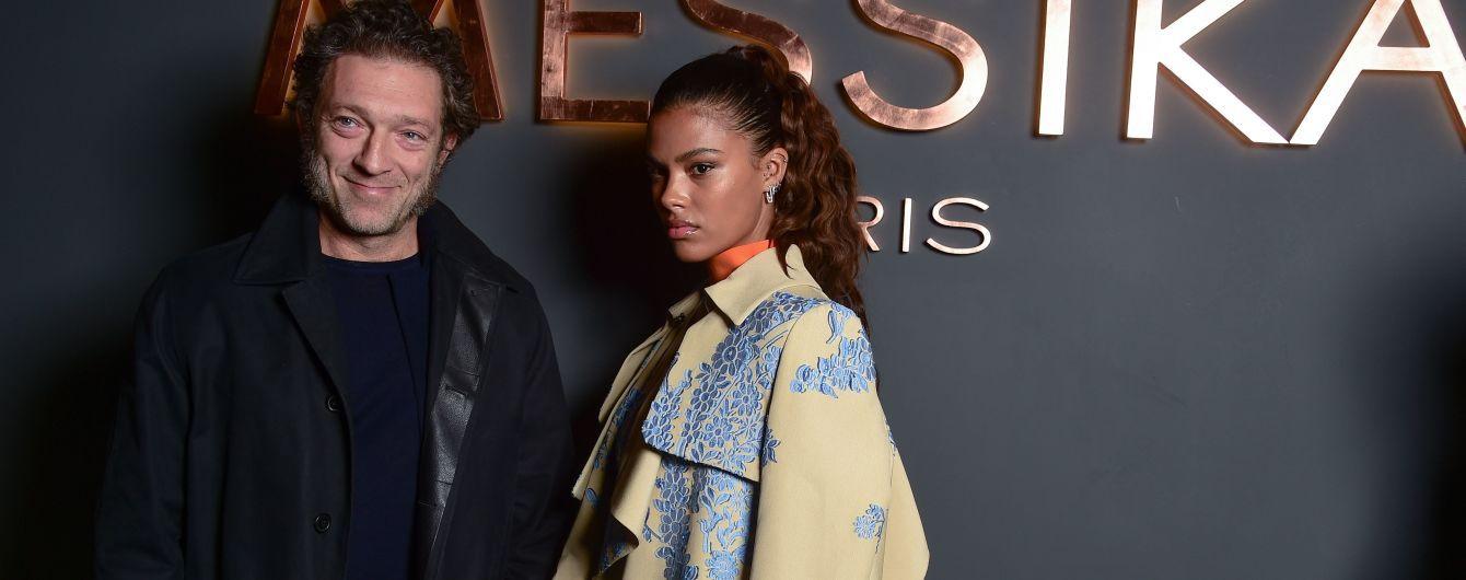 Улыбчивый Кассель и недовольная Кунаки: звездная пара на вечеринке в Париже