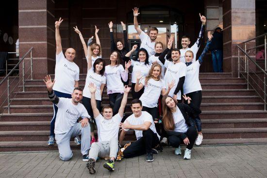 """Шоптенко провела танцювальну руханку для зірок заради доброчинного забігу """"Переможці"""""""