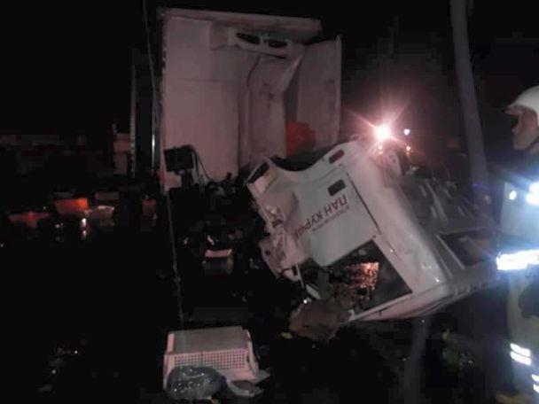 Смертельное ДТП: на Львовщине столкнулись два грузовика
