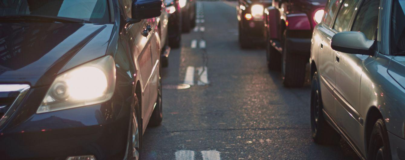 Київ паралізують масштабні ремонти міських доріг