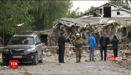 Трьох людей шпиталізували внаслідок потужного вибуху в Сумах