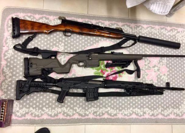 У Києві попередили повторення стрілянини в Лас-Вегасі: на квартирі в центрі столиці знайшли чималий склад вогнепальної зброї