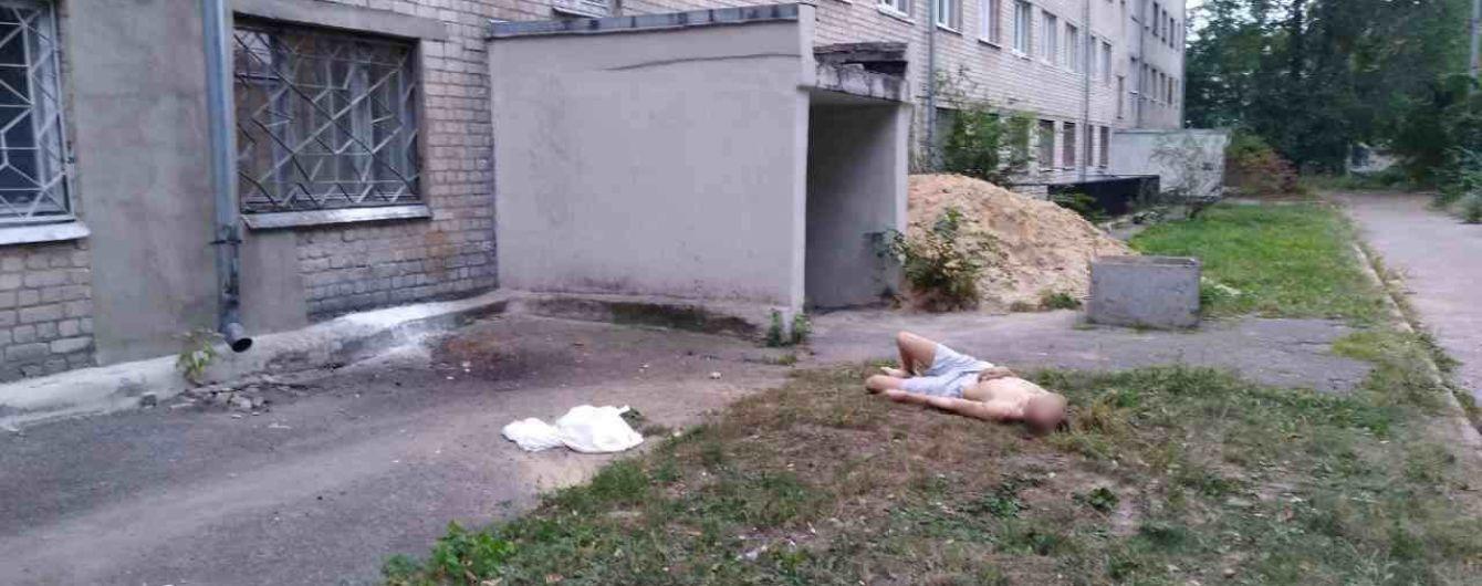 В Харькове парень покончил жизнь самоубийством, выпрыгнув с 5-го этажа