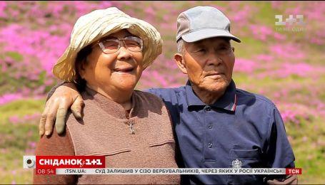 """Історія кохання довжиною в 60 років у новому випуску """"Світу навиворіт"""""""