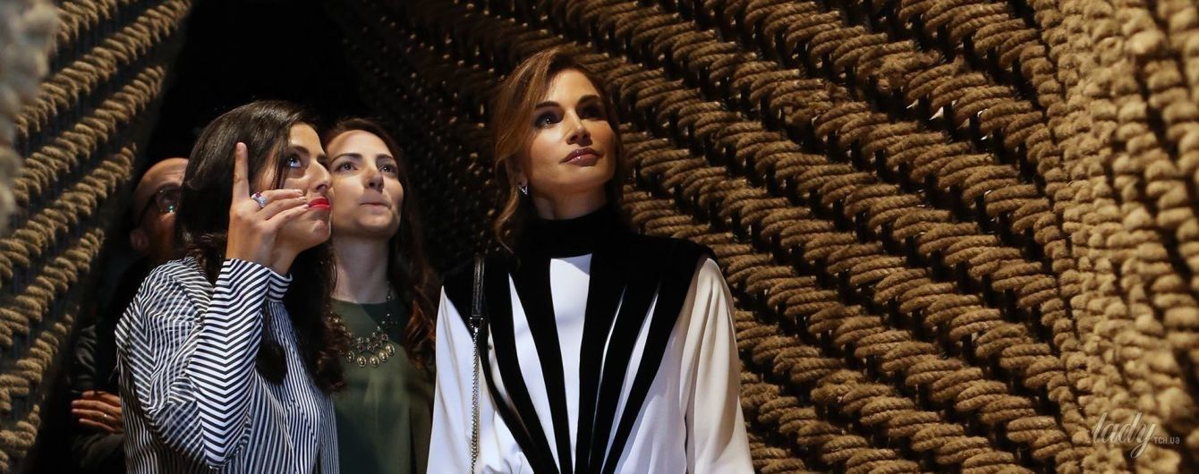 Как всегда, очаровательная: королева Рания в экстравагантном наряде на Неделе дизайна в Аммане