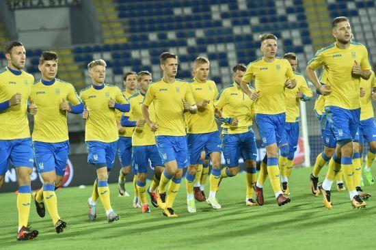 Збірна України провела відкрите тренування перед матчем проти Косово