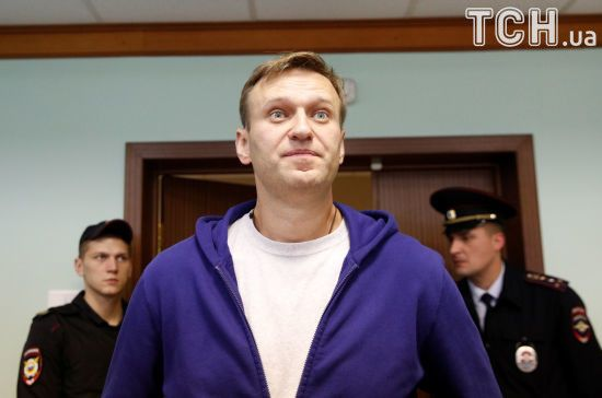 """Навальний через суд домігся від пропагандистів із Life виплати 50 тис. рублів за """"компромат"""" на себе"""