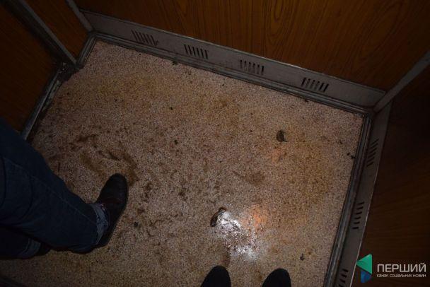 У Луцьку дев'ятиповерхівку залило окропом