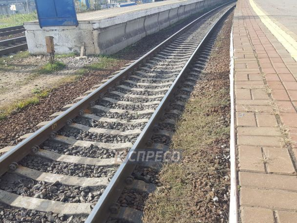 В Киеве на Выдубичах женщина попала под поезд