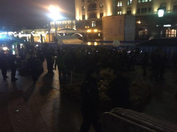 В Москве жестко разогнали участников ночной акции против Путина