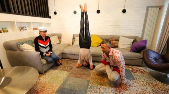 """Бабкіни у новому будинку виконали асани йоги та розповіли про вподобання дітей у """"Танцях з зірками"""""""