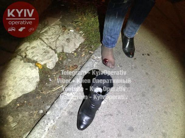Вкиевском спальнике неизвестный подстрелил женщину. однако она отказалась нанего объявлять