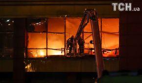 Під Москвою потужно палає великий торговельний центр