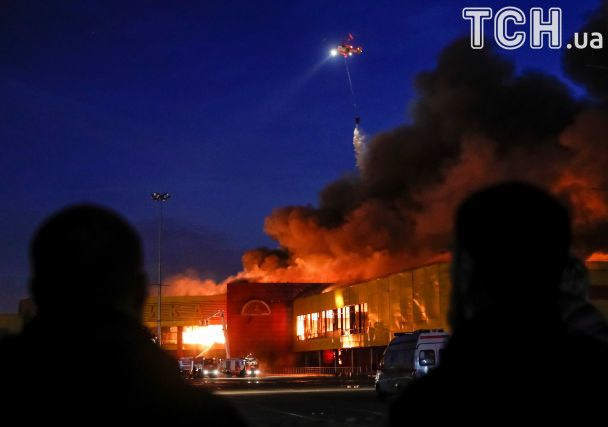 Под Москвой мощно пылает крупный торговый центр