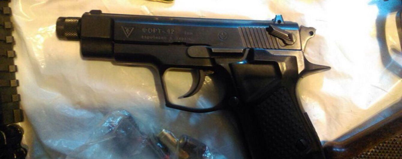 Силовики накрыли банду, которая изготовляла оружие и продавала криминалитету по всей Украине
